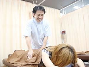 横浜市中区ライフガード鍼灸接骨院・深部整体院:クイックマッサージの写真