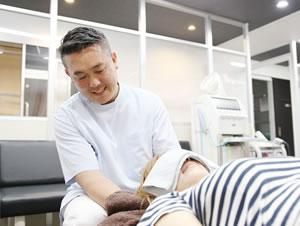横浜市中区・磯子区 鍼灸接骨院・整体院やわらグループの首の施術